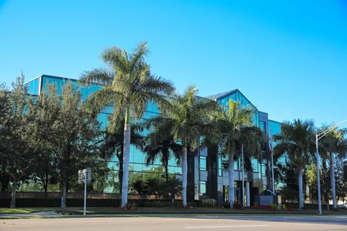 Front of DaSilva Institute medical office building